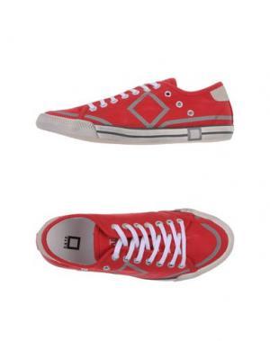 Низкие кеды и кроссовки D.A.T.E.. Цвет: красный