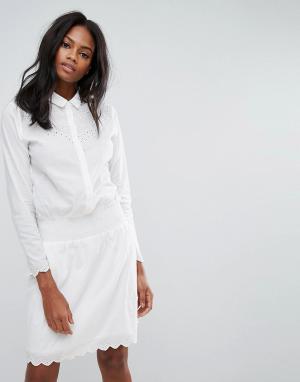 Y.A.S Платье с длинными рукавами и вышивкой. Цвет: белый