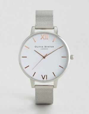 Olivia Burton Серебристые часы с белым большим циферблатом и сетчатым ремешком Olivi. Цвет: серебряный