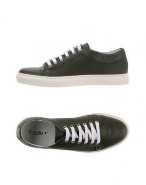 Низкие кеды и кроссовки EXIBIT. Цвет: зеленый
