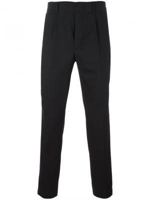 Зауженные брюки со складками Dondup. Цвет: чёрный