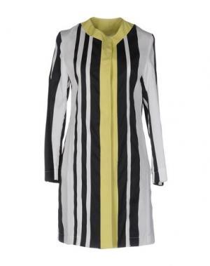 Легкое пальто GUTTHA. Цвет: желтый