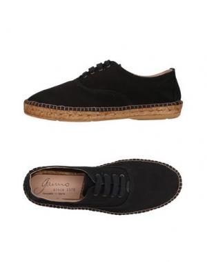 Низкие кеды и кроссовки GAIMO. Цвет: черный