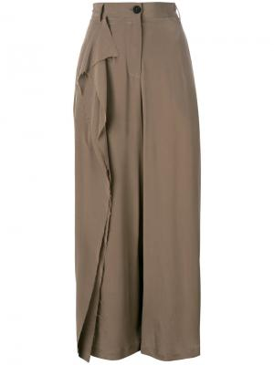Прямые брюки с оборками Isabel Benenato. Цвет: коричневый