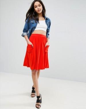ASOS Трикотажная юбка миди с карманами. Цвет: красный