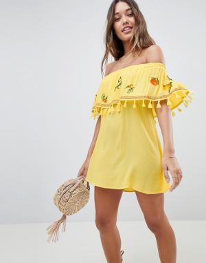ASOS Пляжное платье-бандо с вышивкой. Цвет: желтый