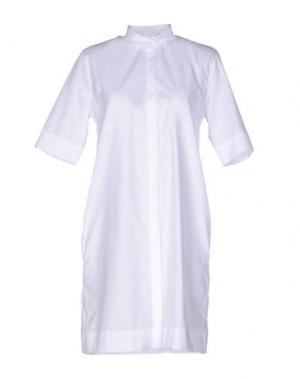 Короткое платье BRIAN DALES. Цвет: белый