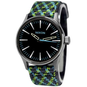 Часы  Sentry 38 Leather Gun/Green/Light Blue Woven Nixon. Цвет: зеленый,голубой,черный