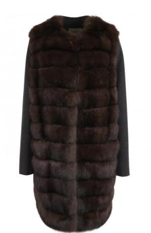 Пальто из смеси шерсти и кашемира с отделкой меха соболя Yves Salomon. Цвет: коричневый