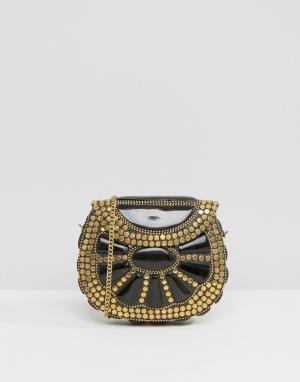 Park Lane Черная эмалированная сумка через плечо с золотистыми заклепками L. Цвет: черный