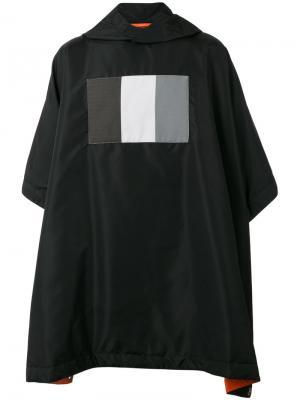Пончо с капюшоном Komakino. Цвет: чёрный