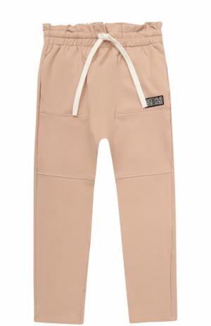 Спортивные брюки из хлопка с прострочкой и оборкой на поясе No. 21. Цвет: светло-розовый