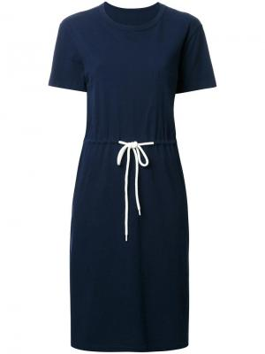 Платье-футболка с эластичным поясом Bassike. Цвет: синий