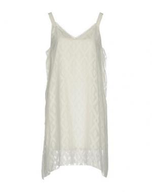 Короткое платье CHARLI. Цвет: белый