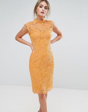 Paper Dolls Кружевное платье миди с высокой горловиной. Цвет: желтый