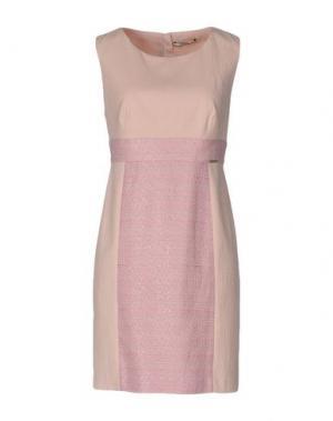Короткое платье REBEL QUEEN. Цвет: светло-розовый