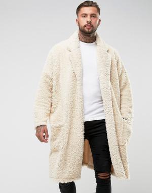 ASOS Легкое оверсайз-пальто из искусственного меха. Цвет: бежевый