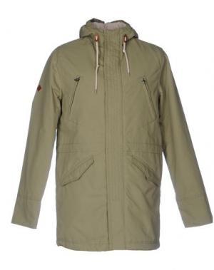 Легкое пальто ALTAMONT. Цвет: зеленый-милитари