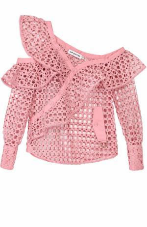 Перфорированная блуза с открытым плечом self-portrait. Цвет: розовый