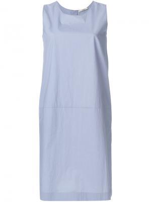Платье шифт без рукавов Odeeh. Цвет: синий