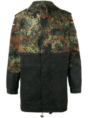 Куртка с контрастными панелями Komakino. Цвет: многоцветный