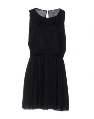 Короткое платье FAIRLY. Цвет: черный