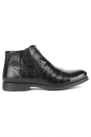 Ботинки Cornado. Цвет: черный