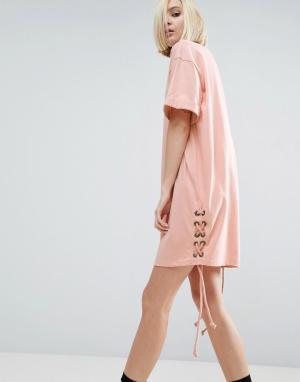 ASOS Платье-футболка со шнуровкой по бокам. Цвет: розовый