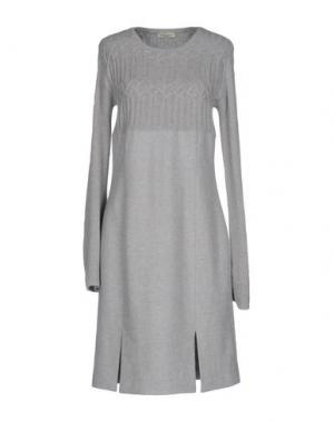 Платье до колена BRUNO MANETTI. Цвет: светло-серый