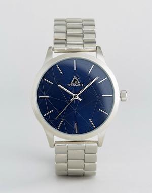 ASOS Серебристые наручные часы с темно-синим циферблатом. Цвет: серебряный
