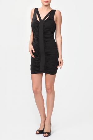 Коктейльное платье с драпировкой Bebe. Цвет: черный