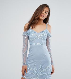 Maya Tall Платье мини с открытыми плечами и отделкой. Цвет: синий