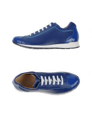 Низкие кеды и кроссовки J.J.DELACROIX. Цвет: синий