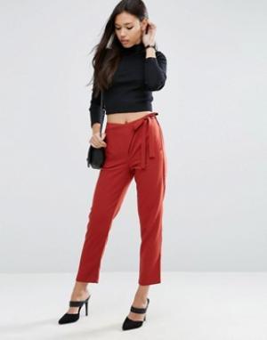 ASOS Тканые брюки галифе с запахом и завязкой. Цвет: розовый