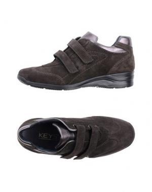 Низкие кеды и кроссовки KEYS. Цвет: стальной серый