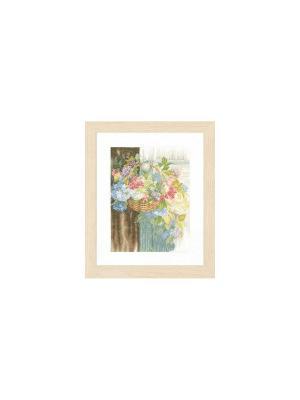 Набор для вышивания Flower Basket /Цветочная корзина/ 29*38см Vervaco. Цвет: коричневый, голубой, желтый, розовый