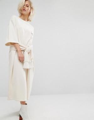 KKXX Трикотажное платье с поясом. Цвет: кремовый
