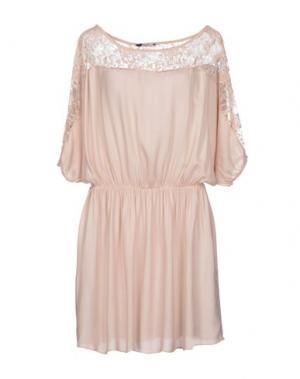 Короткое платье BAGUETTE...... Цвет: светло-розовый
