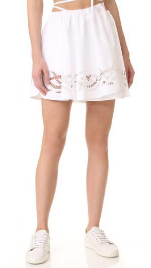 Кожаная юбка-шорты с запахом и отстрочкой Alexander Wang. Цвет: выбеленный голубой