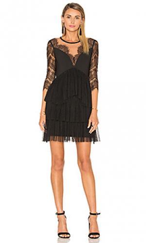 Платье с защипом french Three Floor. Цвет: черный