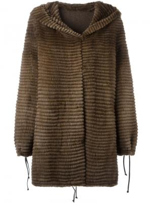 Пальто с капюшоном Liska. Цвет: коричневый