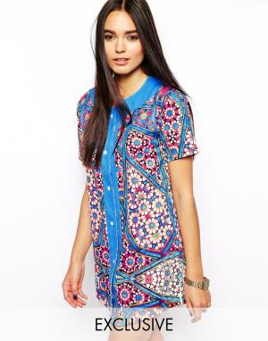 Ichiban Трикотажное бейсбольное платье с мозаичным принтом. Цвет: синий