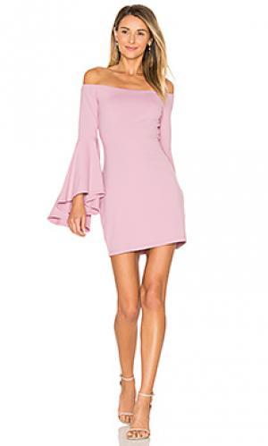 Платье со спущенными плечами Susana Monaco. Цвет: розовый