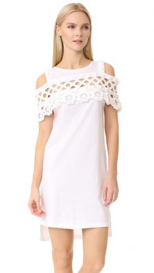 Свободное платье Michaela Buerger. Цвет: белый