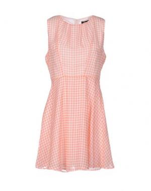 Короткое платье CUTIE. Цвет: розовый