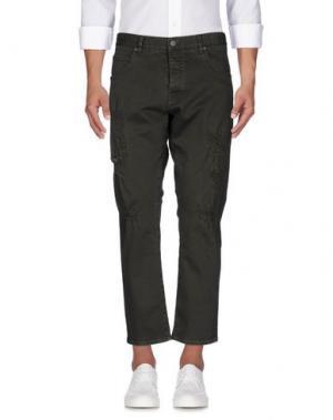 Джинсовые брюки 2W2M. Цвет: зеленый-милитари