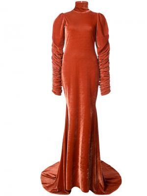 Вечернее платье со шлейфом Christian Siriano. Цвет: жёлтый и оранжевый