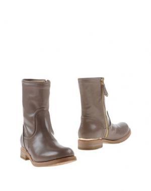 Полусапоги и высокие ботинки F.LLI BRUGLIA. Цвет: песочный