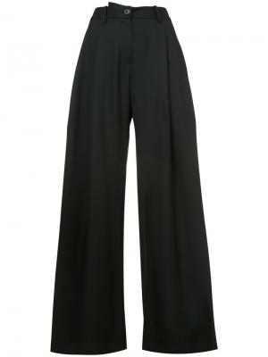 Плиссированные брюки палаццо Nili Lotan. Цвет: чёрный