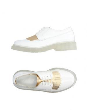 Обувь на шнурках LE QARANT. Цвет: белый